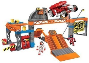 Mega Bloks Hot Wheels Super Stunt Test Facility