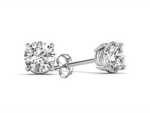 1/4 CT. T.W. Diamond Stud Earrings