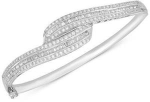 Diamond Swirl Bangle Bracelet (2 ct. t.w.) in Sterling Silver