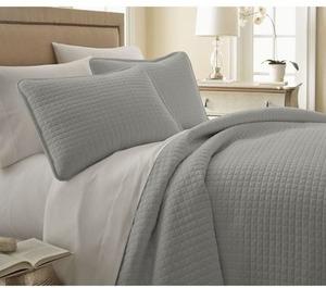Southshore Fine Linens 3-Piece Quilt Set