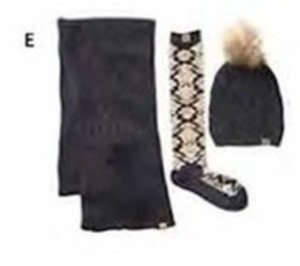 Bearpaw Women's Hat, Scarf & Socks Set