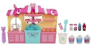 Num Noms Snackables Scented Silly Shakes Activity Maker Playset https://www.walmart.com/ip/Num-Noms-Snackables-Scented-Silly-Shakes-Activity-Maker-Playset/909367856